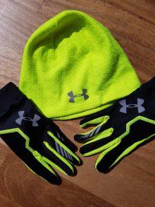 Under Armour Mütze und Handschuhe
